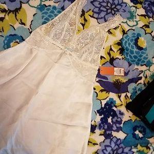 Gilligan & Omalley Bridal Nightgown